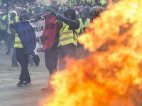 Fransa İçişleri Bakanı Castaner'dan 'Sarı Yeleklilere' Suçlama
