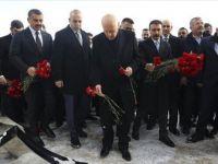 Bahçeli Ülkücü Şehitler Anıtı'nı Ziyaret Etti