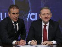 Medipol Başakşehir, Teknik Direktör Avcı'nın Sözleşmesini 5 Yıl Uzattı