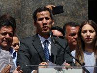 Guaido, Maduro'yu Devirebilmek İçin Askerlerle Görüşüyor