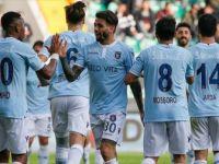 Medipol Başakşehir Zirvede Oynuyor