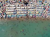Avrupalı Turistler Türkiye'ye gidiyor