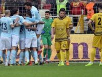 Medipol Başakşehir, Süper Lig'de Son 10 Haftaya Farkla Girdi