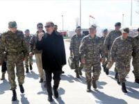 Bakanı Akar ve Genelkurmay Başkanı Güler Sınırın Sıfır Noktasında