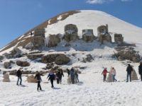 Güneşin Doğuşunun ve Batışının En Güzel İzlendiği Yer: Nemrut Dağı