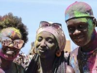 Senegal'de 'Renklerin Festivali' Holi