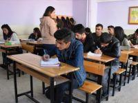 Öğrencilerin İstedikleri Madde 'Zorunlu Ders Saatlerinin Azaltılması'