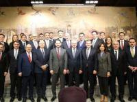 Bakan Albayrak Bankacılarla Toplantı Yaptı