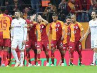 Galatasaraylı Futbolcuların Gol Sevinci