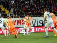 Aytemiz Alanyaspor Fenerbahçe'yi Tek Golle Geçti