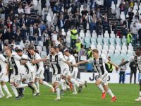 İtalya'da Juventus, Fransa'da Paris Saint-Germain İpi Göğüsledi
