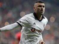 Beşiktaş'ın Golcü Oyuncusu Burak Yılmaz 3. 'Dalya' Peşinde