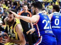 Fenerbahçe Beko ve Anadolu Efes'ten Tarihi Başarı