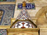 'Cennetten Parçalar' 5 Asırdır Bu Camide Muhafaza Ediliyor