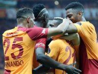 Galatasaray'da 15 Futbolcunun İlk Şampiyonluk Heyecanı