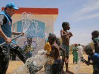 """Öğrencilerden """"Yaşama Sende Destek Ol"""" Sloganıyla Afrika'ya 'Can Suyu'"""