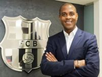 Barcelona Kulübün'den Patrick Kluivert'e Görev
