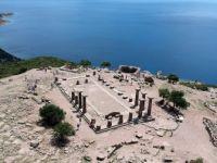 1800'lü Yıllardan Bu Yana Kazılan Kent: Assos