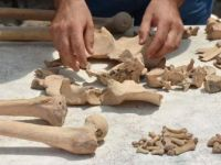 Stratonikeia Antik Kenti'ndeki Bizans Mezarları Geçmişe Işık Tutuyor