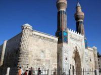 Tarihi Gök Medrese'si Müzeye Dönüştürülecek