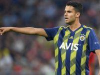 Fenerbahçe Meksikalı Futbolcu Reyes ile Yollarını Ayırdı