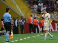 Galatasaraylı Futbolcu Emre Mor, Kırmızı Kart İçin Özür Diledi