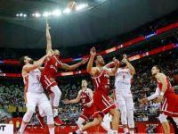 İspanya Yarı Finale Yükseldi