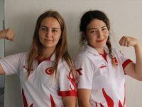 'Bilek Bükücü Kızlar' Dünya Şampiyonasına Odaklandı
