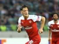 Mesut Özil: 'Kontratım Bitene Kadar Buradayım'