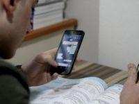 Sosyal Medyayı Kontrol Sıklığı ile Okul Başarısı Arasında İlişki Yok