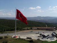 Samsun'da Dalgalanan Dev Türk Bayrağı