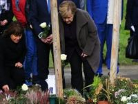 Almanya Başbakanı Merkel'den NSU Kurbanları Anıt Parkına Ziyaret