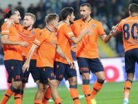Medipol Başakşehir Galatasaray'a Konuk Oluyor