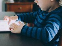 Dijital Nesnelerle Uzun Süre Vakit Geçiren Çocuklarda Obezite Tehlikesi
