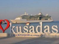 Kruvaziyer Turizmi Kuşadası'nda Yüz Güldürdü