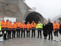 Bakan Varank, Yeni Zigana Tüneli İnşaatında İncelemelerde Bulundu