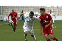 Altınordu Teknik Direktörü Hüseyin Eroğlu'ndan Genç Futbolcu Ravil Tagir'e Övgü