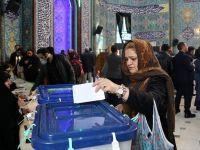 İran'da Seçime Katılım Yüzde 42,57 Oldu