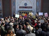Güleda Cankel'i Bıçaklayarak Öldüren Sanığın Yargılanmasına Başlandı