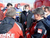 Sağlık Bakanı Koca Dilucu Sınır Kapısı'nı Ziyaret Etti
