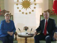 Erdoğan İle Almanya Başbakanı Merkel Telefonda Görüştü