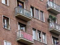 Avrupalılar Koronavirüs Nedeniyle Zorunlu Evlerine Kapanıyor
