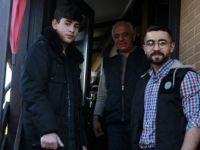 Almanya'da Gençlerden Kovid-19 Nedeniyle Dışarı Çıkamayan Yaşlılara Yardım