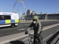 İngiltere, Koronavirüs Kurbanlarının Cenazelerini Yakma Planından Vazgeçti
