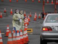 ABD'liler Arabadan İnmeden Yapılan Koronavirüs Test Merkezlerine Yöneldi