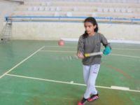 Salon Hokeyi Suriyeli Lora'nın Mutluluk Kaynağı Oldu