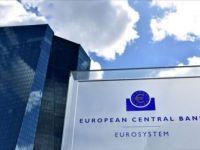 ECB, Para Politikası Stratejisini Salgın Nedeniyle 6 Ay Erteledi