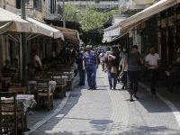 Aylar Sonra Yunanistan Normalleşti : Ve her yer açıldı
