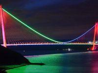 İstanbul'daki Köprülerde Azerbaycan Rüzgarı Esti