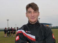 Trabzonspor'da yeni transfer! Sözleşmeyi resmen imzaladılar